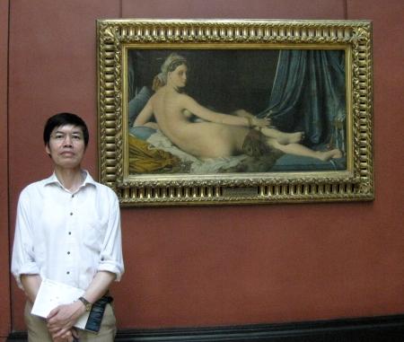 "Bên bức ""La Grande Odalisque"" (1814) của Ingres sơn dầu trên ván gỗ, 88.9 x 162.56 cm"
