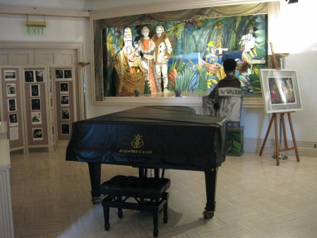 Trong phòng hòa nhạc của William Walton tại La Mortella (Ảnh của tác giả)