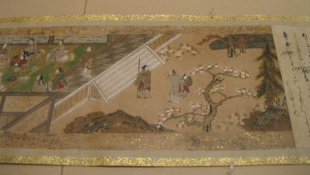 """Trích đoạn một bức tranh cuộn bày tại triển lãm """"Tín ngưỡng và Nghệ thuật: Bóng dáng Trời Phật"""" tại Bảo tàng Mỹ thuật Umi Mori"""