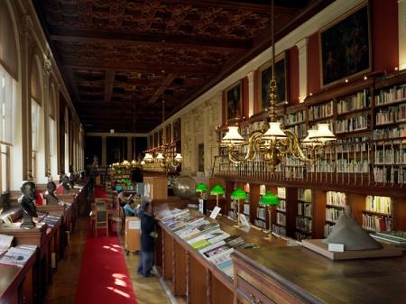 Thư viện trường Mỹ thuật Paris