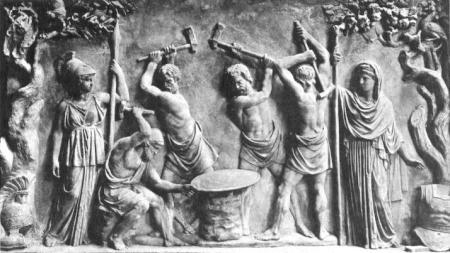 Thần thợ rèn Hephaestus (tức Vulcan theo thần thoại La Mã) cùng các Cyclopes (khổng lồ một mắt) đang rèn khiên cho Achilles. Nữ thần Athena đứng bên trái và nữ thần Hera - vợ thần Zeus - đứng bên phải. Phù điêu La Mã cổ đại