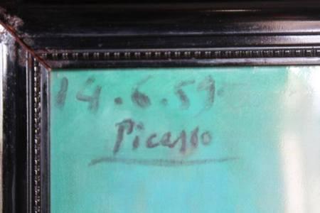 Chữ ký và ngày tháng năm trên bức tranh ông Công sở hữu